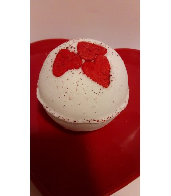 Prosecco and Strawberry bath Bomb
